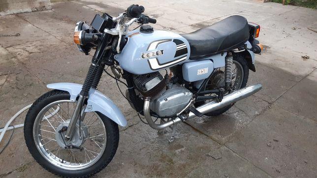 Продам Cezet мотоцикл