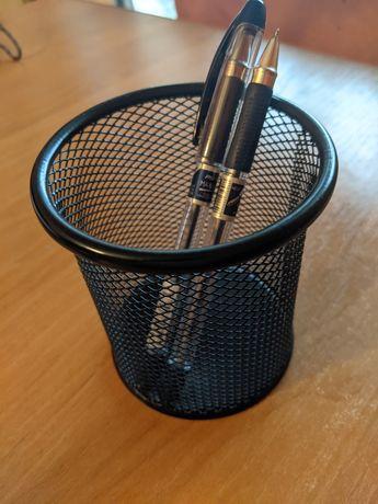 Подставка для ручек, карандашей и канцелярии