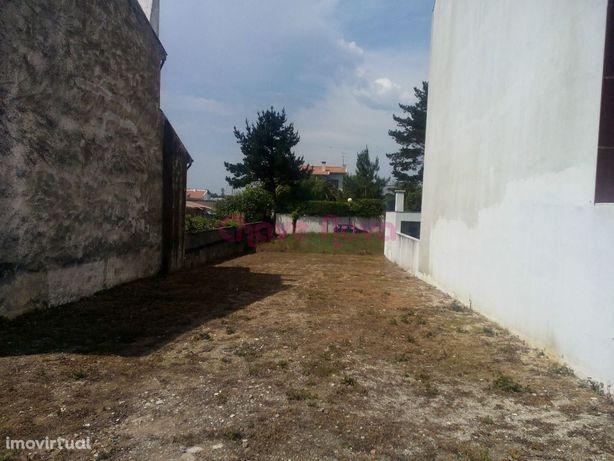 Terreno para construção de Moradia em Miramar de 2 frentes