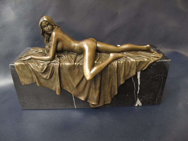 Эротическая статуэтка . Бронза Мрамор