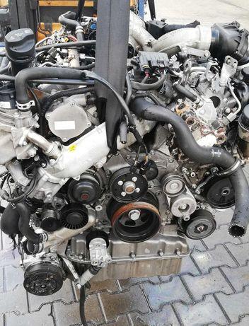 Silnik z wymianą mercedes 3.0cdi om642 sprinter vito w221 ml Viano