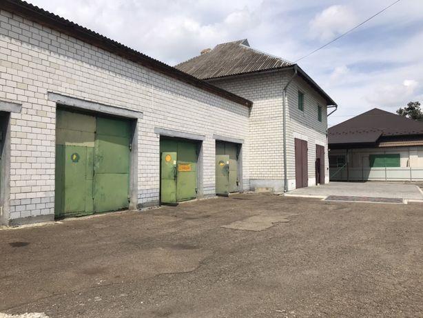 Продається комплекс: ремонтні бокси і офісні приміщення