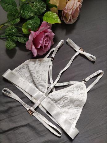 Seksowny biały koronkowy stanik harness ozdobne pasy straps hot sexy