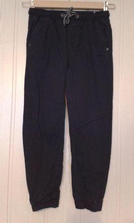 Spodnie Granatowe 9-10 lat, 140cm, stan bdb