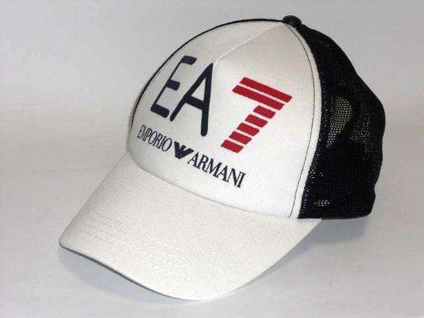 EA7 czapka z daszkiem truckerka biało granatowa bejsbolówka
