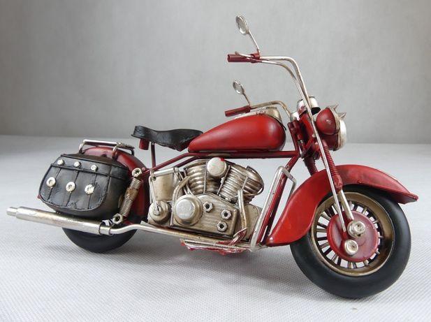 Metalowy MOTOR czerwony RETRO pojazd 28 cm