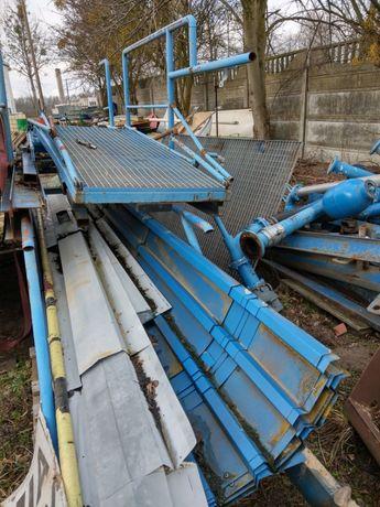 Konstrukcja stalowa z podestami wysokość 4 m.