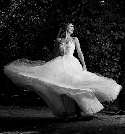Suknia ślubna typ księżniczki