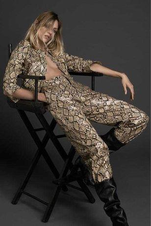 Брюки Zara из искусственной кожи змеиный принт новая коллекция!