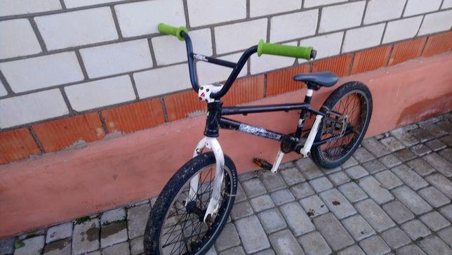 Продам велосепед БМХ