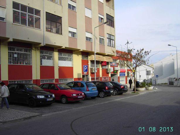 3quartos, Vale da Amoreira, 310€