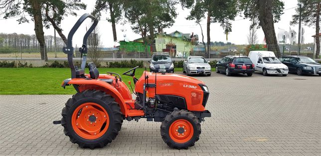 Kubota L1-382 Traktor Ciągnik Komunalny Sadowniczy Rolniczy od ręki