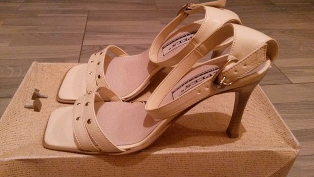 Nowe buty sandałki na obcasie r. 38 z LIKWIDACJI Sklepu