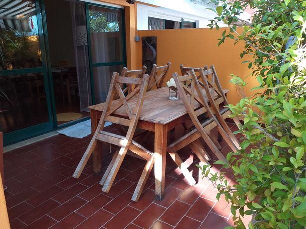 mesa rústica para jardim com 6 cadeiras