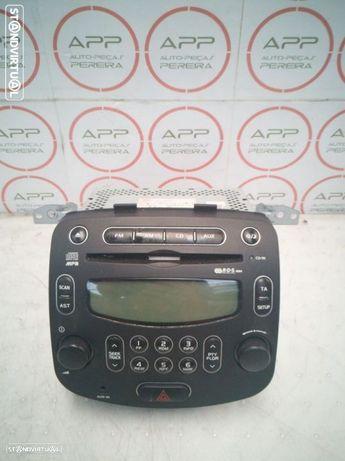Rádio HYUNDAI I10 de 2009.