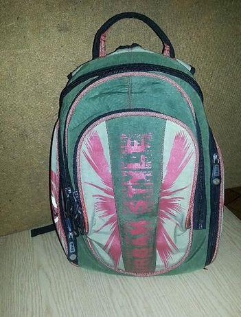 рюкзак подростковый-900р