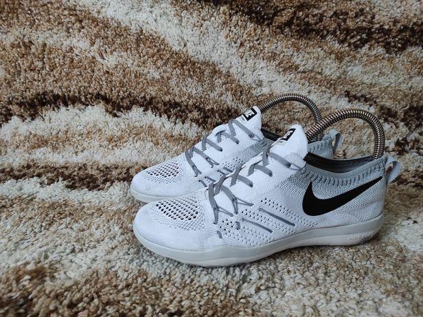 Кроссовки Nike Free TR Focus Flyknit