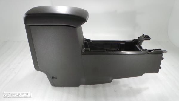 Consola Central Nissan Np300 Navara (D40)