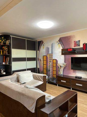3-х комнатная с ремонтом по Грушевского