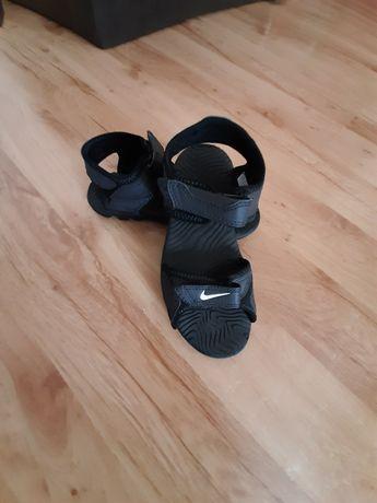 Sandały Nike roz 33/22cm