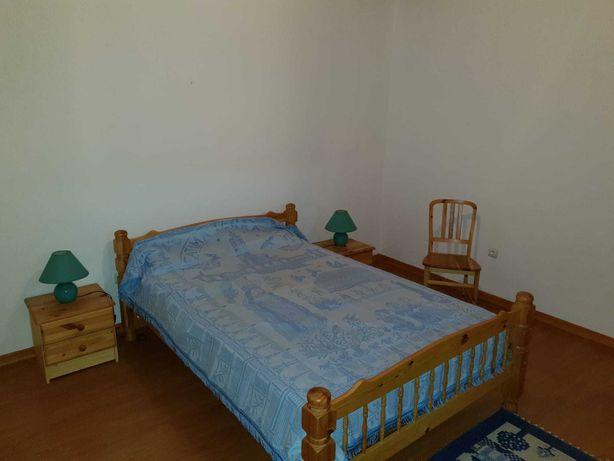 Mobilia de quarto e sala