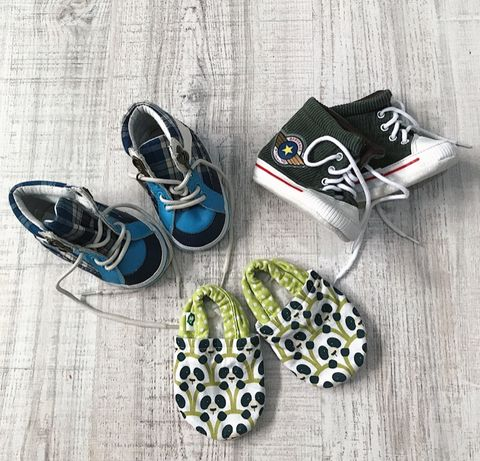 3 пари взуття 19 розміру
