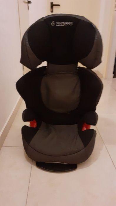 """Cadeira """"MaxiCosi"""" para automóvel Grupo 2/3 (15Kg - 36Kg) Caparica E Trafaria - imagem 1"""