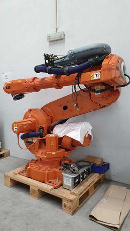 Robot industrial articulado ABB