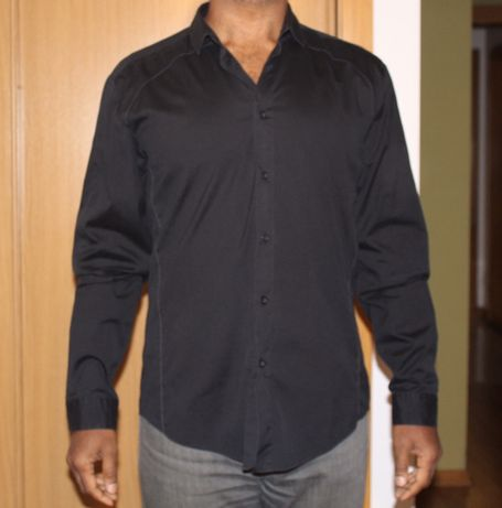 Camisa Hugo Boss preta