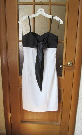 Продам платье 3 шт.