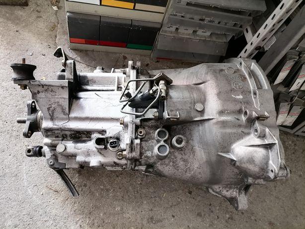 Caixa de velocidades BMW 318 tds em bom estado geral
