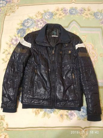 Куртка б/у на подростка, осенняя