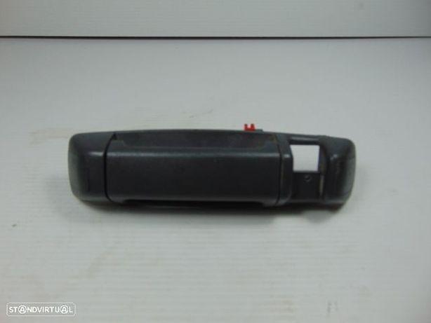 Puxador Interior da Mala - Toyota Hiace de 98 - Usado