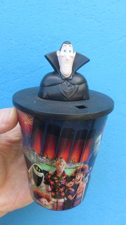 Монстры на каникулах макдоналдз кружка чашка игрушки McDonald's