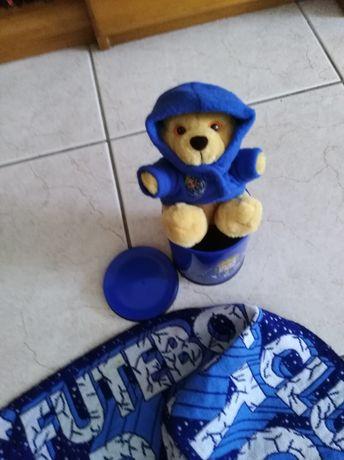 Peluche e cascol lata do futebol clube do Porto