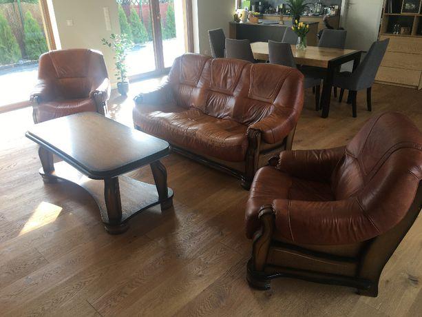 sofa trzy osobowa dwa fotele stolik komplet mebli skórzny