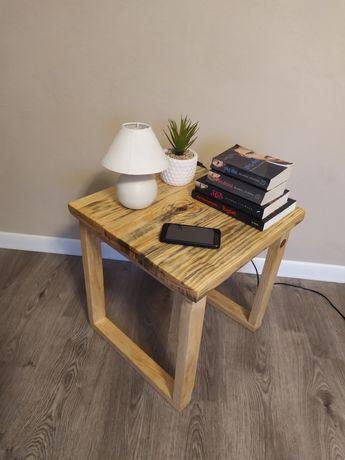Stolik kawowy/nocny/ozdobny z drewna . . .