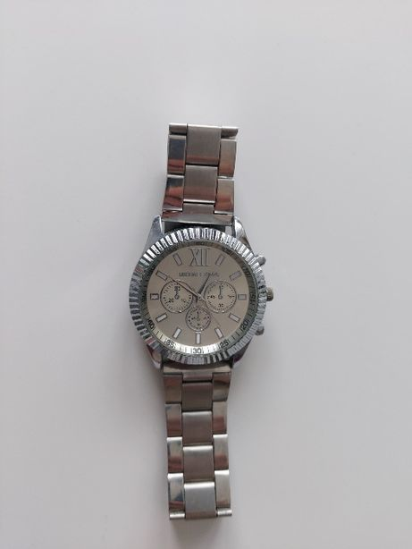 Srebrny zegarek na bralsolecie Michael Kors