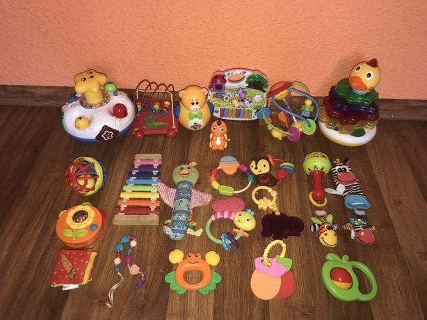 Детские игрушки, погремушки, пианино, ксилофон, грызунки, пирамидка
