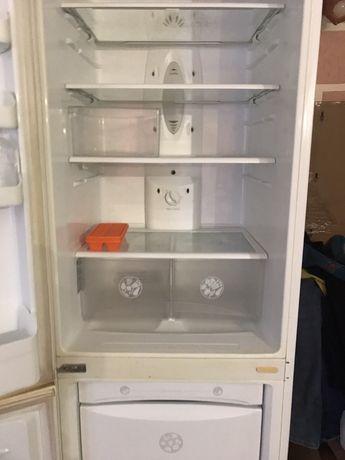 Продам холодильник не рабочий LG GR-389SQF NO FROST