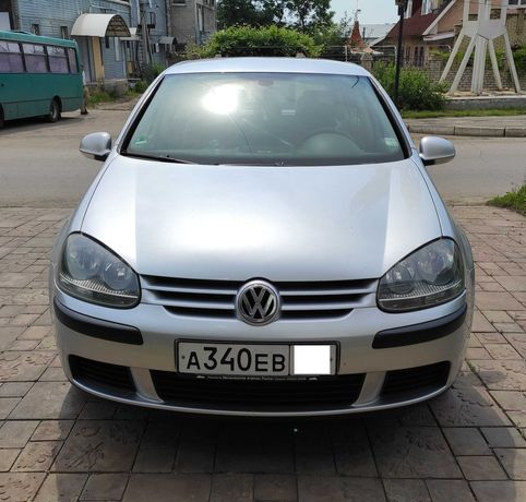 VW Golf V 1.4 FSI