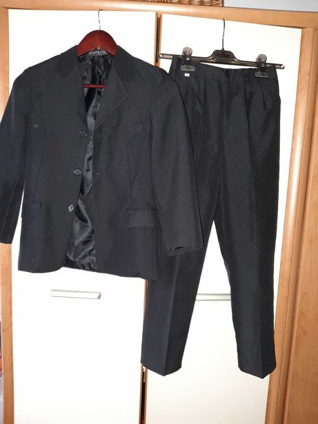 Garnitur czarny klasyczny 9-10lat