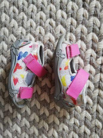 Sandałki / kapcie Befado, rozmiar 20