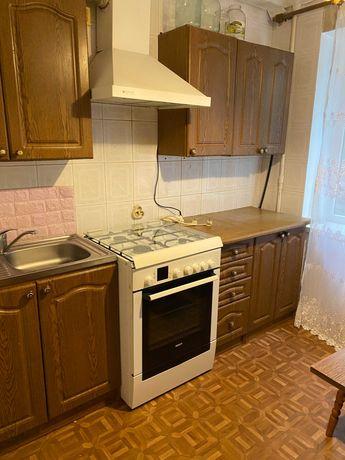 Срочно продам раздельную 2к квартиру 47м2,  Выговского (Гречко)