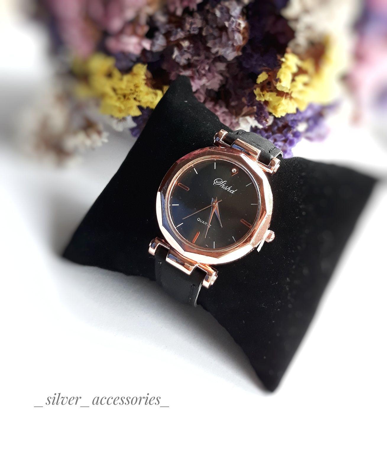 Часы женские. Годинник жіночий