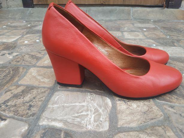 Туфлі кожані( червоні)