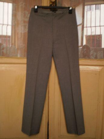 Calças clássicas, cinzentas, 36, Zara.