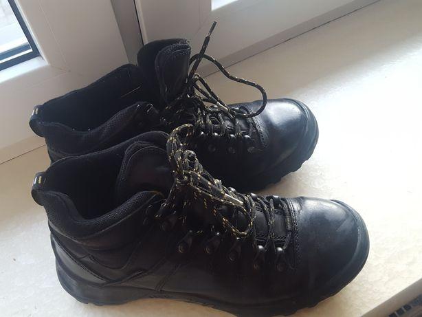 Buty trekkingowe Lesta