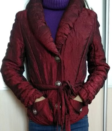 Куртка-жакет червоного кольору