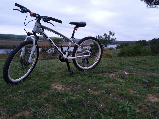 Продаю спортивный велосипед